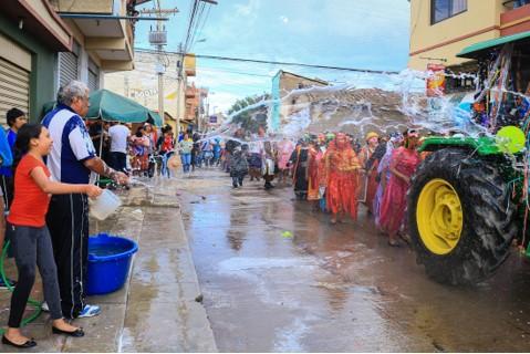 Agua es vida en Tikipaya - José Quiñones, Cochabamaba